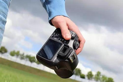 дополнительный заработок в СПб с фотоаппаратом