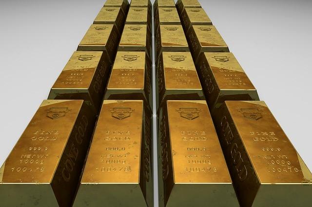 Валовые инвестиции в золото и серебро