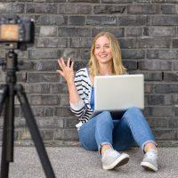 Миллионы для блогера: сколько зарабатывают ютуберы и не только