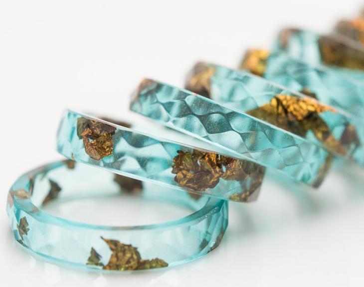 кольца из эпоксидной смолы