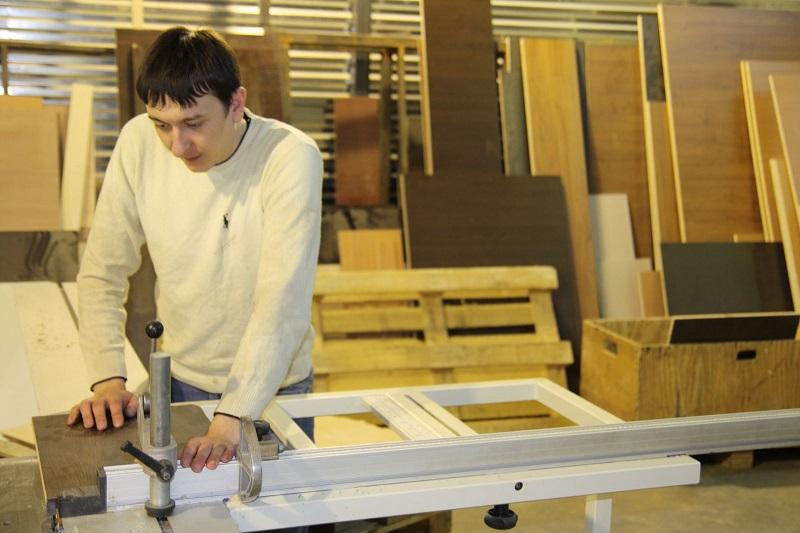производство мебелив гараже