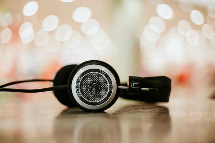 Заработок на прослушивании музыки